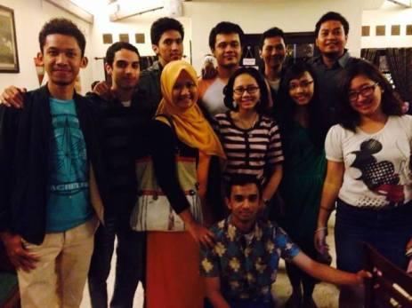 Kumpul lagi di Oost Cafe pada Kamis malam (21/11)